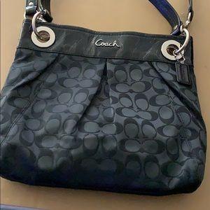 Coach purse excellent condition